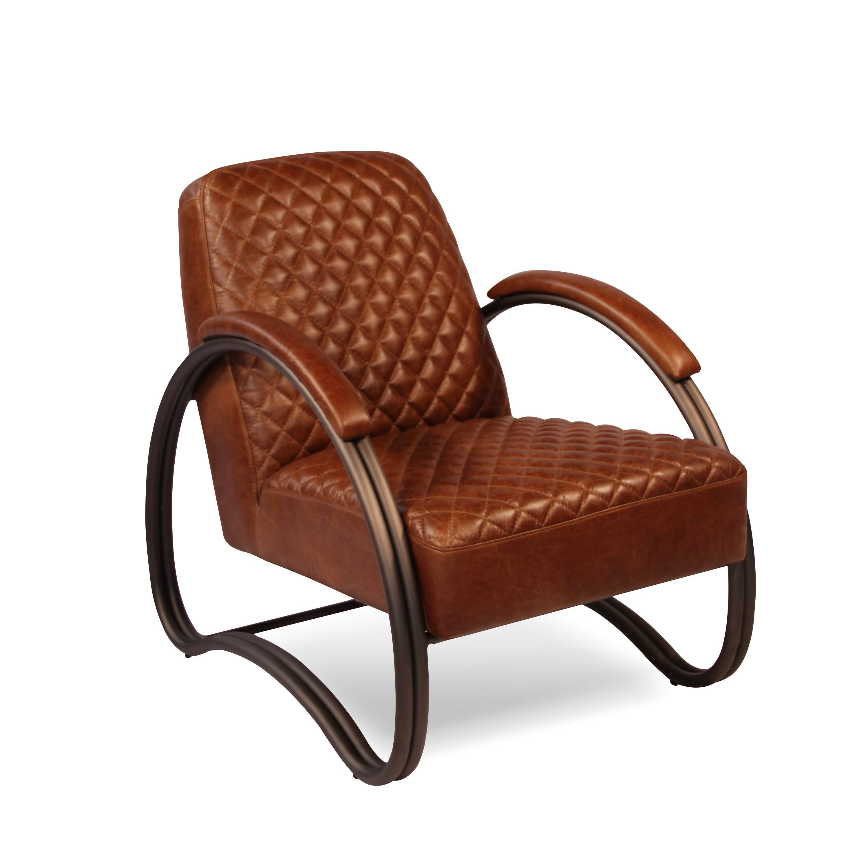 fauteuil club vintage cuir marron clair patin et m tal. Black Bedroom Furniture Sets. Home Design Ideas